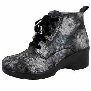 Algeria Eliza Elegance silver floral lace up boot